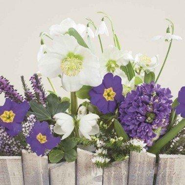 Servilletas para decoupage Flowers Behind the Wood Fence 33 X 33 cm.