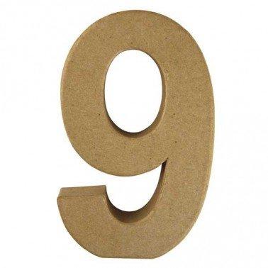 Número 9, Papel Mache/Cartón 15 x 9,4 x 3 cm.