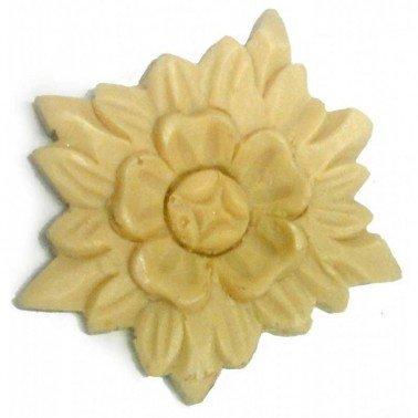 Aplique de resina flor 4 x 5 cm.